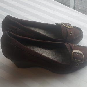 American Eagle Suede (Brown, Size 10)